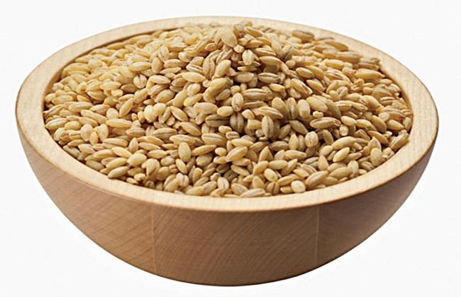 Barley water benefits skin